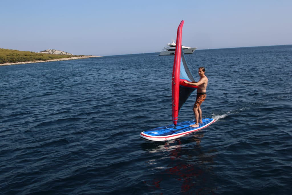 GTS MALIBU 11.0 SURF Surfbrett Segel SUPBoard Meer