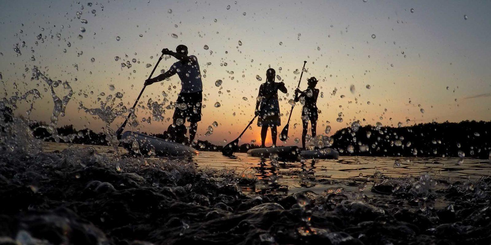 GTS-Paddleboards-Surfen-Sonnenuntergang-Meer